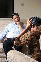 Bien souvent, pour en finir avec un TOC, il faut passer par une psychothérapie