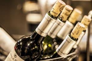 Une bouteille de vin peut dépasser le millier d'euros