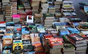 Certains livres ont leur place aux puces, mais pas tous