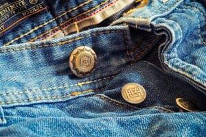 Donnez ces jeans qui ne vous vont plus