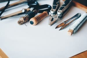 En fabriquant vos propres meubles, vous optimisez déjà le rangement des combles