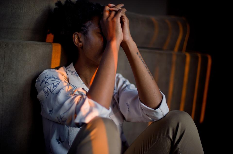Face à une maison trop encombrée, la déprime est  presque inévitable