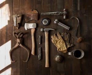 Les marteaux et certains autres outils peuvent eux-aussi être remis en état