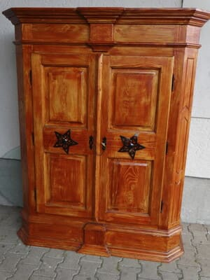 Placez en garde-meubles le mobilier de valeur