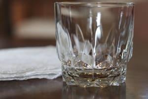 La réparation d'un verre fêlé nécessite un minimum de précautions